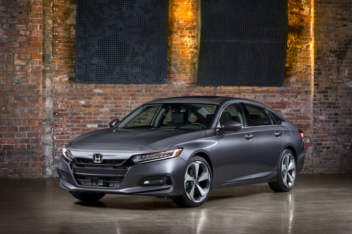 Dramatic Design Of Reimagined 2018 Honda Accord Signals New Direction For America S Retail Best Ing Midsize Sedan
